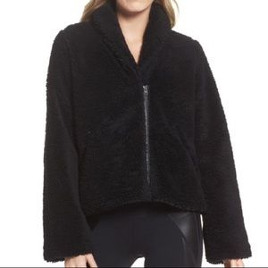 new Alo Yoga Cozy Up sherpa jacket in black